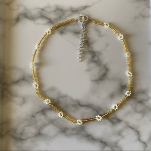 Dainty Goldie daisy choker necklace